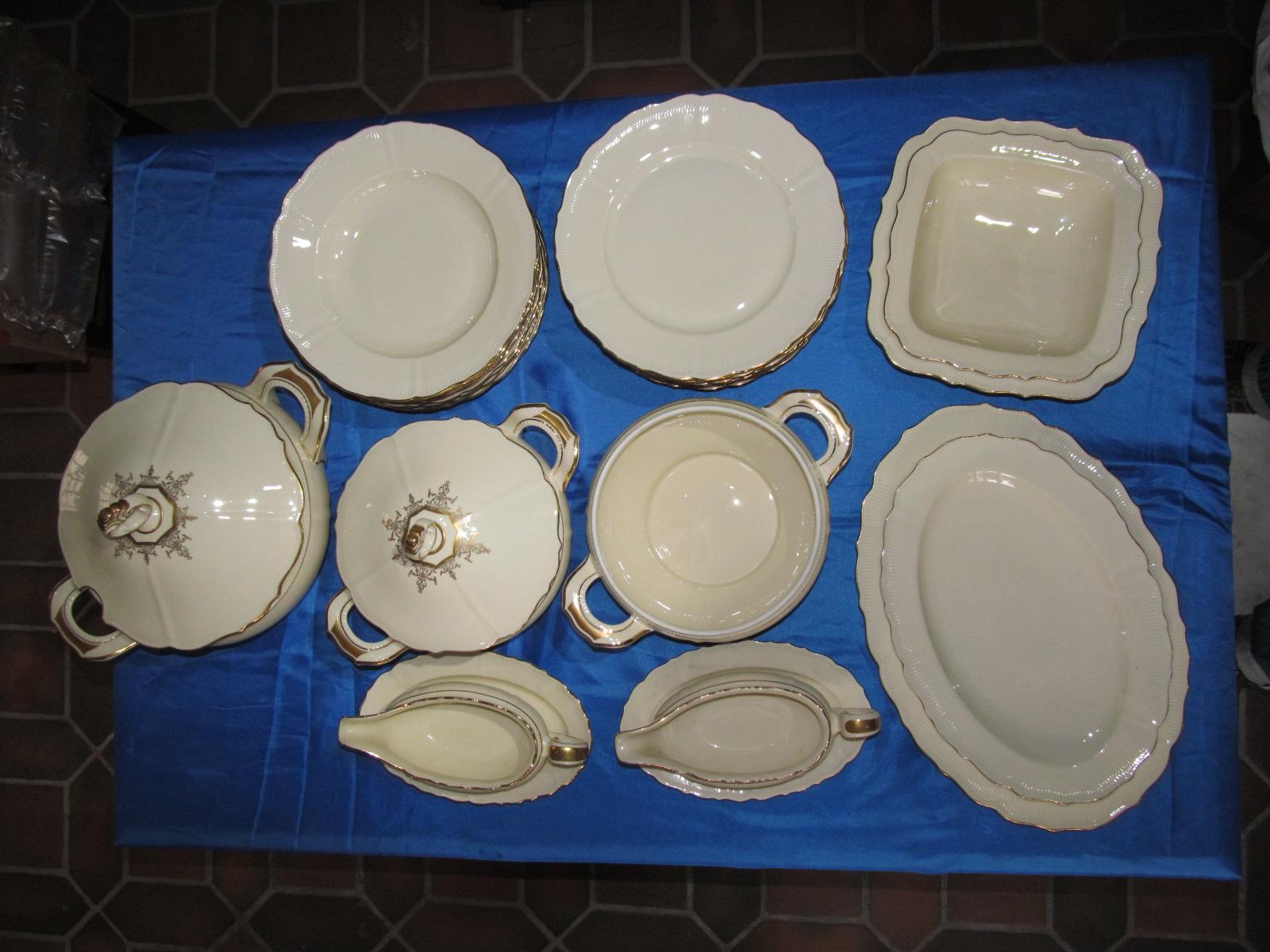 reichenbach porzellan speise service 10 pers barock goldrand porcelaine ebay. Black Bedroom Furniture Sets. Home Design Ideas